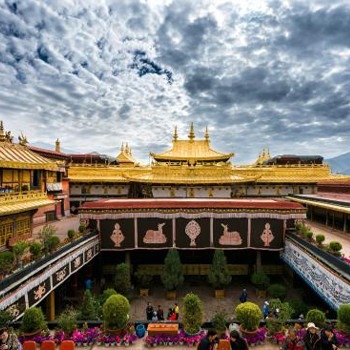 Nepal Tibet Highlights Tour